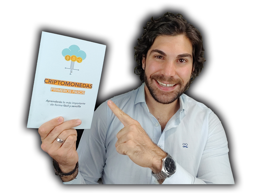 Roberto Sanz con el libro de Criptomonedas en Español Primeros Pasos